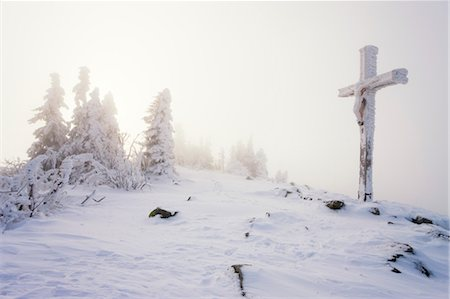 religious cross nobody - Fir Trees and Cross on Summit of Lusen Mountain, Bavaria, Germany Stock Photo - Rights-Managed, Code: 700-03445824