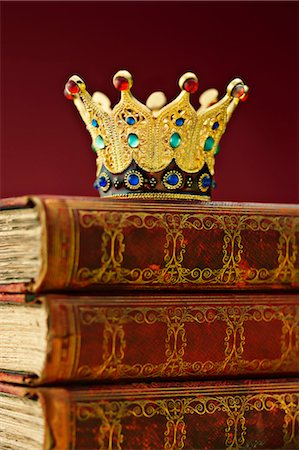 Crown on Books Stock Photo - Rights-Managed, Code: 700-03446211