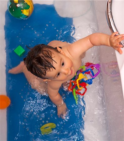 Baby Boy in Bathtub Stock Photo - Rights-Managed, Code: 700-03463138