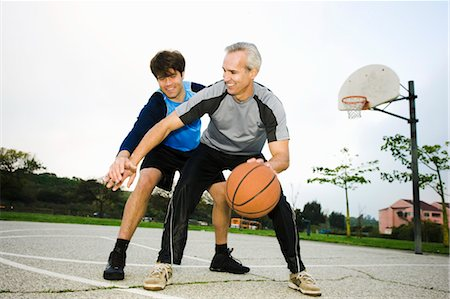 peter griffith - Father and Son Playing Basketball Stock Photo - Rights-Managed, Code: 700-03506297