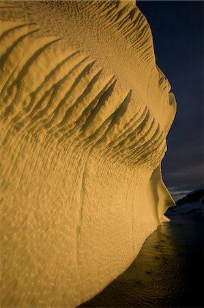 Iceberg, Antarctic Peninsula, West Antarctica, Antarctica Stock Photo - Rights-Managed, Code: 700-03503163
