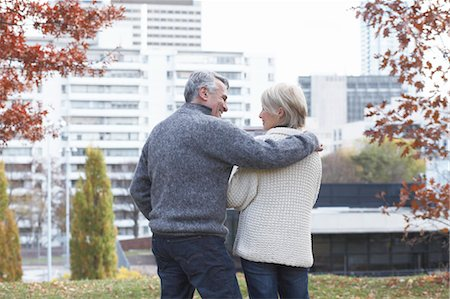 Couple, Eglinton Park, Toronto, Ontario, Canada Stock Photo - Rights-Managed, Code: 700-03520340
