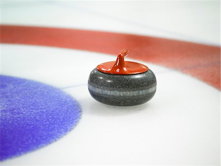Curling Rock Approaching the Tee Stock Photo - Rights-Managed, Code: 700-03554383