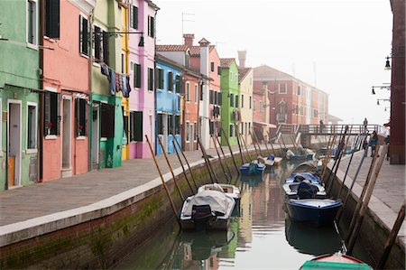 Houses by Canal on Burano Island, Veneto, Italy Stock Photo - Rights-Managed, Code: 700-03622736