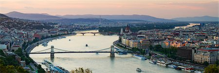 Chain Bridge, River Danube, Budapest, Hungary Stock Photo - Rights-Managed, Code: 700-03638995