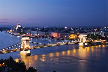 Chain Bridge and River Danube, Budapest, Hungary Stock Photo - Rights-Managed, Code: 700-03638999