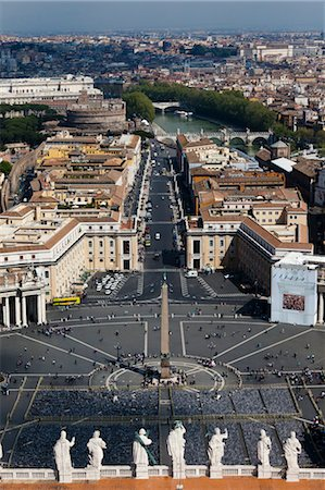 View of Rome from the Dome of Saint Peter's Basilica, Vatican City, Rome, Italy Stock Photo - Rights-Managed, Code: 700-03639139