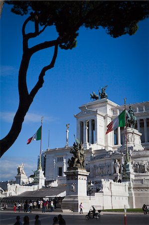 National Monument of Victor Emmanuel II, Piazza Venezia, Rome, Italy Stock Photo - Rights-Managed, Code: 700-03639177
