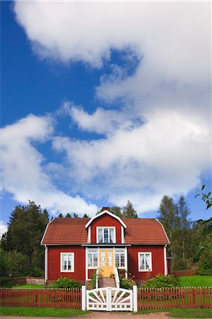 Red Wooden House, Katthult, Gibberyd, Smaland, Sweden Stock Photo - Rights-Managed, Code: 700-03659281