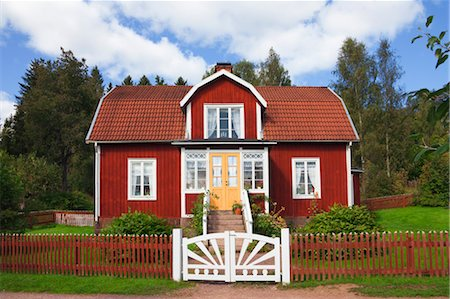 quaint house - Red Wooden House, Katthult, Gibberyd, Smaland, Sweden Stock Photo - Rights-Managed, Code: 700-03659282