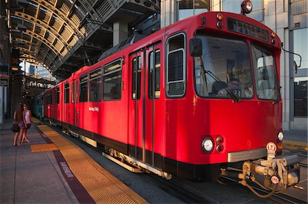 San Diego Trolley at Station, San Diego, California, USA Stock Photo - Rights-Managed, Code: 700-03659305