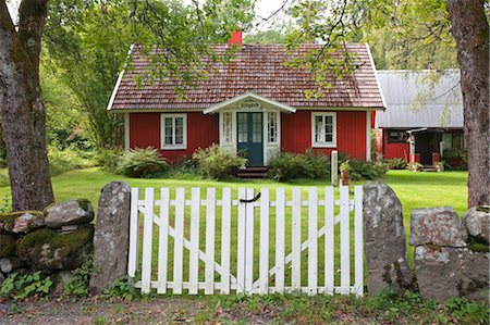 Red House With Garden, Sweden Stock Photo - Rights-Managed, Code: 700-03685777