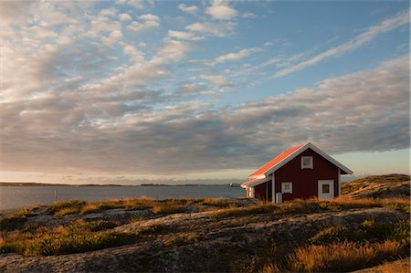 Red wooden hut on coast, Bohuslaen, Sweden Stock Photo - Rights-Managed, Code: 700-03685783