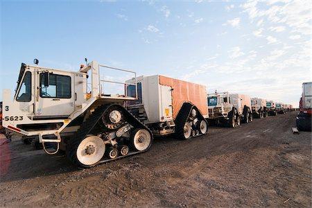 Large Tracked Vehicles, Prudhoe Bay, Alaska, USA Stock Photo - Rights-Managed, Code: 700-03696991