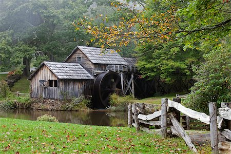 quaint - Mabry's Mill, Blue Ridge Parkway, Virginia, USA Stock Photo - Rights-Managed, Code: 700-03698305