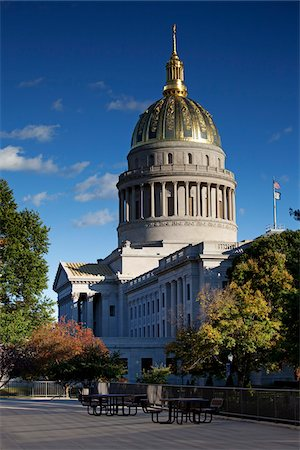 West Virginia Capitol Building, Charleston, West Virginia, USA. Stock Photo - Rights-Managed, Code: 700-03698352