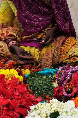string - Woman Selling Flowers, Varanasi, Varanasi District, Uttar Pradesh, India Stock Photo - Rights-Managed, Code: 700-03737857