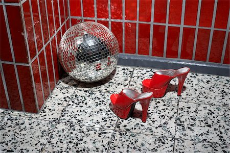pair - Red Shoes and Disco Ball Stock Photo - Rights-Managed, Code: 700-03738122