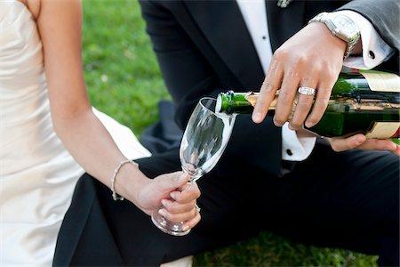 ring hand woman - Bride and Groom Pouring Champagne Stock Photo - Rights-Managed, Code: 700-03739065