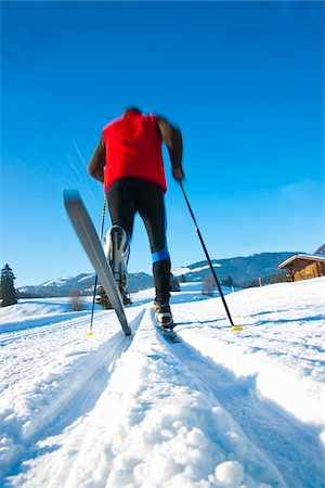 rear - Man Cross Country Skiing Stock Photo - Rights-Managed, Code: 700-03739253