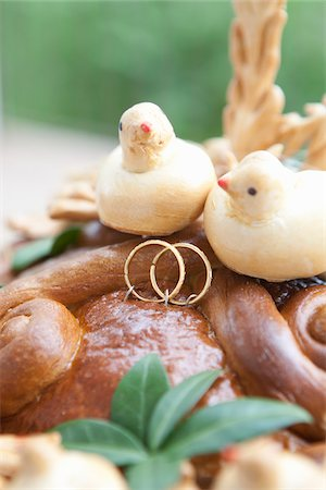 relationship - Korovai Wedding Bread Stock Photo - Rights-Managed, Code: 700-03778411