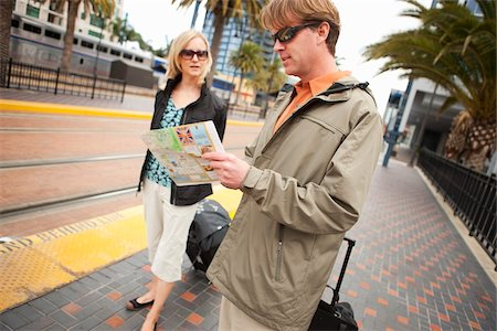 Couple with Luggage Waiting for Train, San Diego, California, USA Stock Photo - Rights-Managed, Code: 700-03805278