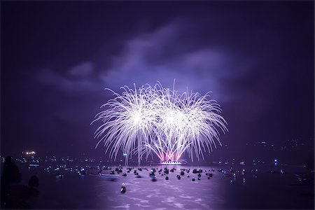 Fireworks over English Bay, Vancouver, British Columbia, Canada Stock Photo - Rights-Managed, Code: 700-03805717