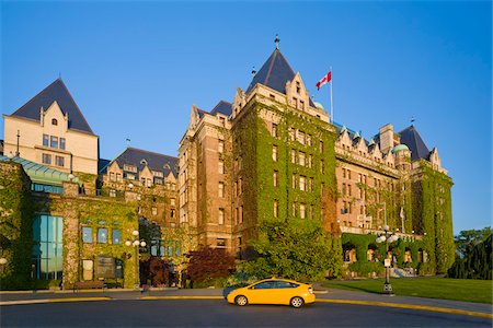 Taxi in front of Fairmont Empress Hotel, Victoria, British Columbia, Canada Stock Photo - Rights-Managed, Code: 700-03814661