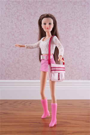 slim - Fashion Doll with Purse Stock Photo - Rights-Managed, Code: 700-03815238
