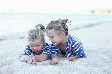 Sisters on Beach Together Stock Photo - Rights-Managed, Code: 700-03836257