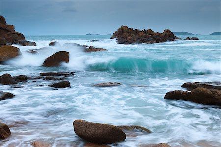 Rocky Coastline, Cote de Granite Rose, Bretagne, France Stock Photo - Rights-Managed, Code: 700-03865576