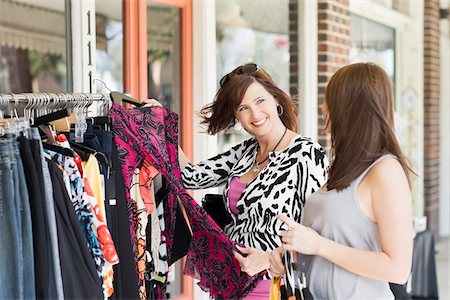 daughter middle-aged mother women young adults - Mother and Daughter Shopping Stock Photo - Rights-Managed, Code: 700-03891330