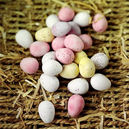 sweet   no people - Multicoloured chocolate mini eggs Stock Photo - Rights-Managed, Code: 824-06492031