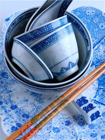 Traditional Chinese blue rice bowls Stock Photo - Rights-Managed, Code: 824-07194148