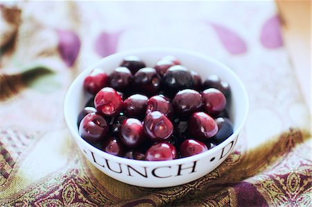 A Bowl of Cherries Stock Photo - Rights-Managed, Code: 824-07193161