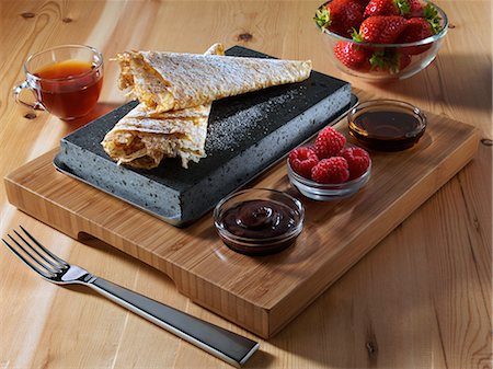 Pancakes on a lava stone Stock Photo - Rights-Managed, Code: 824-07193293