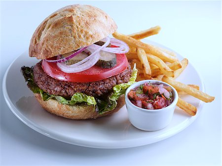 french (places and things) - Veggie burger relish and chips Stock Photo - Rights-Managed, Code: 824-07193400