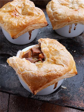 puff - Beef and Guiness pies on a baking sheet Stock Photo - Rights-Managed, Code: 824-07193981