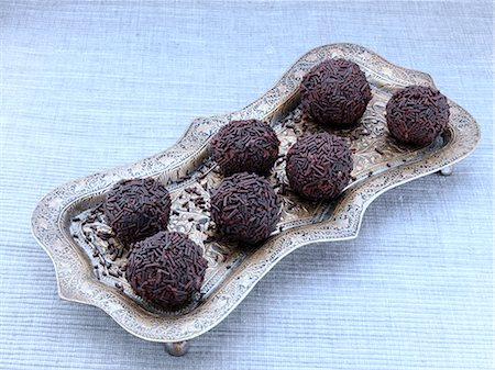 self indulgence - Chocolate truffles covered in vermicelli Stock Photo - Rights-Managed, Code: 824-07585845