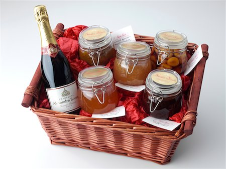 Large Hamper Stock Photo - Rights-Managed, Code: 824-02294602