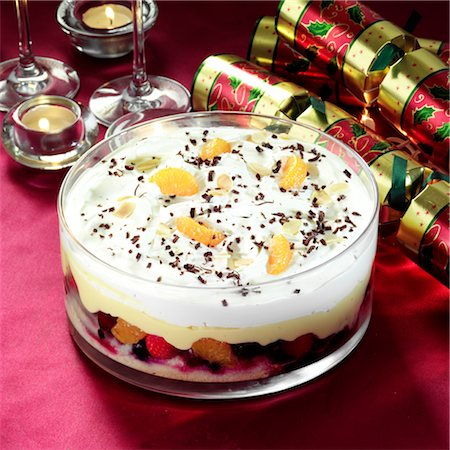 seasonal - Fruit Trifle Stock Photo - Rights-Managed, Code: 824-03722003