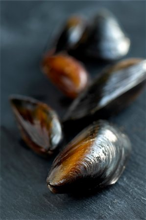 slate - Mussels on slate Stock Photo - Rights-Managed, Code: 824-03722693