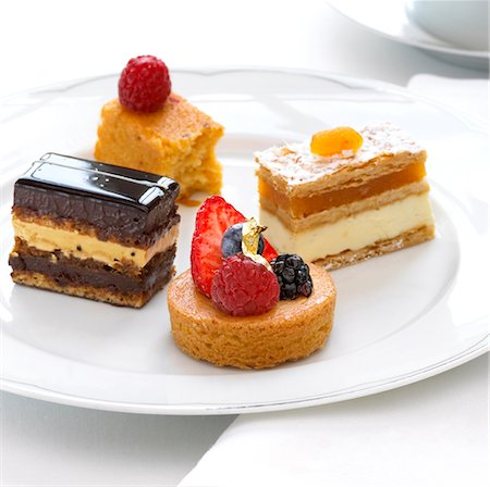 dessert - Various tea cakes plated / Afternoon tea. Stock Photo - Rights-Managed, Code: 824-03722836