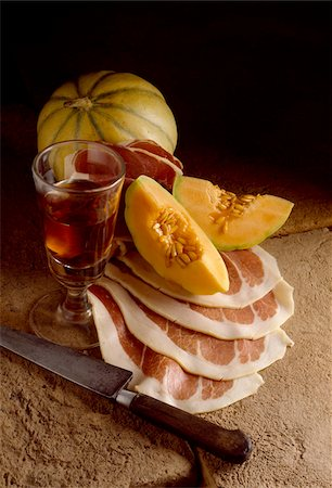 melon, parma ham and glass of rosé Stock Photo - Rights-Managed, Code: 825-05985034