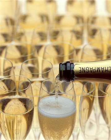 glasses of champagne Stock Photo - Rights-Managed, Code: 825-05986004