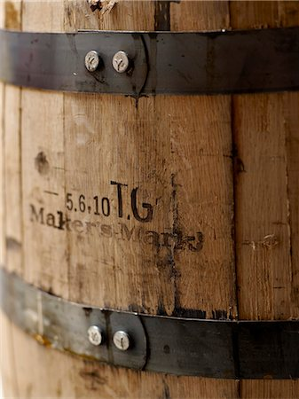 report - Maker's Mark wooden barrel of Bourbon Stock Photo - Rights-Managed, Code: 825-06817385