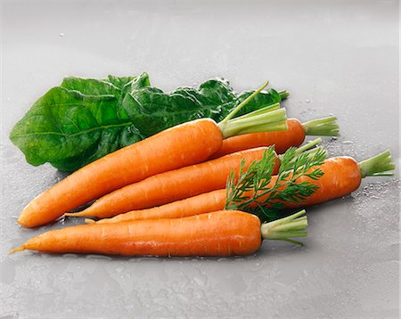 Carrots and spinach Stock Photo - Rights-Managed, Code: 825-07077386