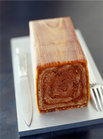 rectangle - Starck's log cake Stock Photo - Rights-Managed, Code: 825-03628037