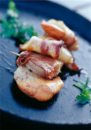 smoked - Scallops with Bayeux bacon Stock Photo - Rights-Managed, Code: 825-03628038