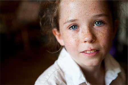 Portrait of Young Girl Stock Photo - Rights-Managed, Code: 822-05554868
